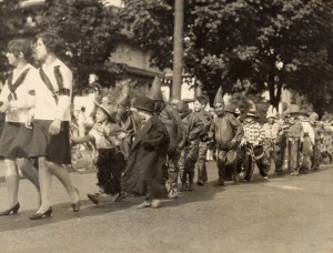 Children's parade sponsored by the Irvington Club